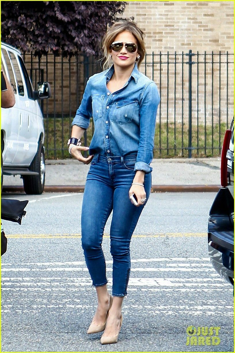 $152 Terrific BELLA DAHL Fitted Chambray Button D… - image 4