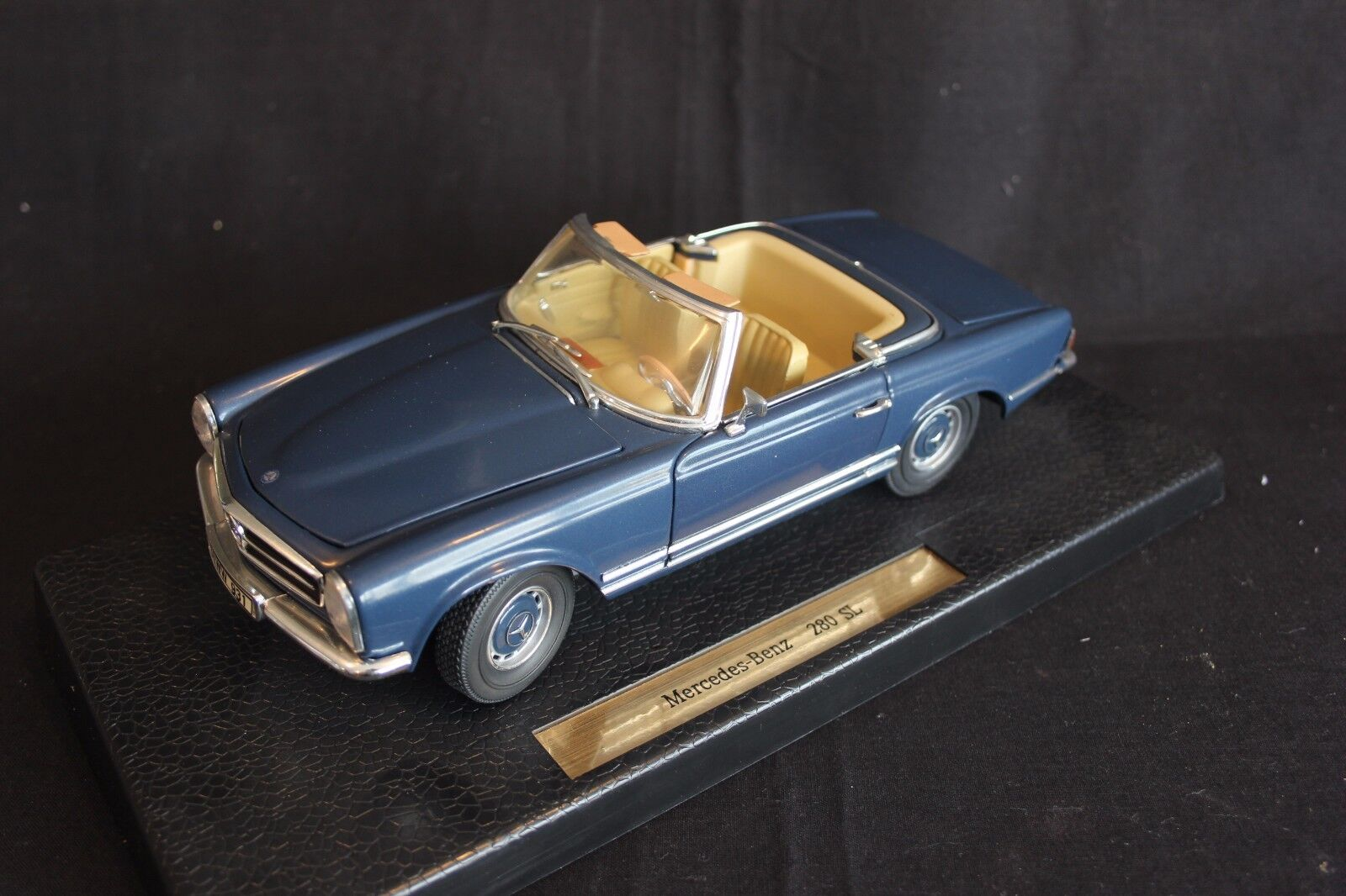 Anson Mercedes-Benz 280 SL1 18 blu (JvM)