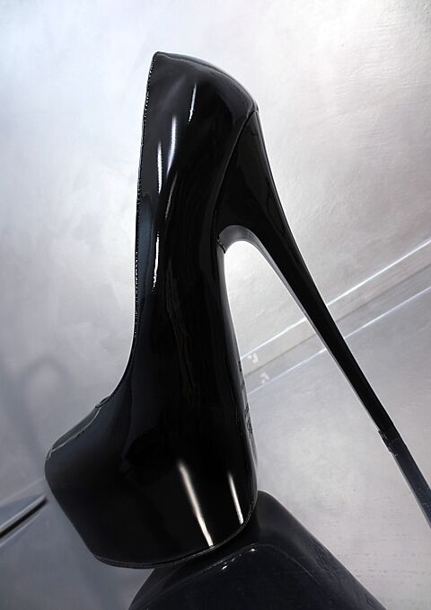 MADE IN IN IN ITALY UNIQUE SEXY DAMEN HIGH HEELS CD3 PUMPS SCHUHE LEDER SCHWARZ 39 b800f6