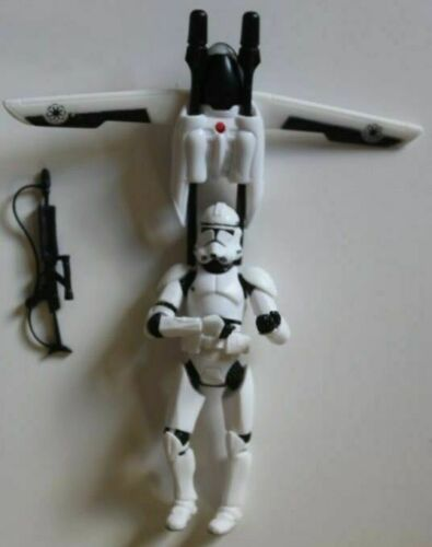 STAR WARS 2005 Revenge of the Sith Deluxe Flying Clone Trooper