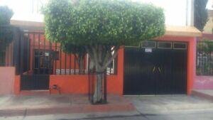Oportunidad inversionistas casa venta en Colonia Insurgentes en Guadalajara