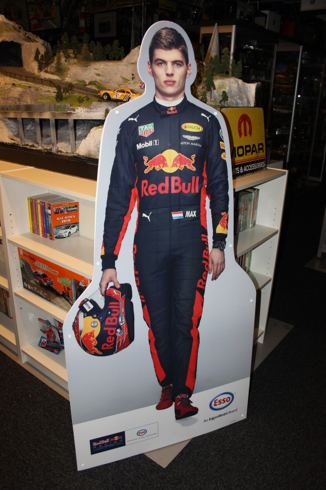 Cardboard Figurine Max Verstappen rosso Bull Racing  height 164 cm  type 2