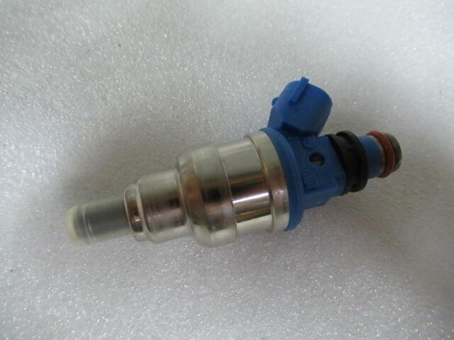 1998 Suzuki Outboard DF 60 70hp four stroke fuel injector 15710-99E00