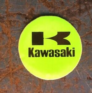 KAWASAKI-SMALL-ROUND-VINTAGE-DECAL-STICKER-1-75-034-Canadian-Seller