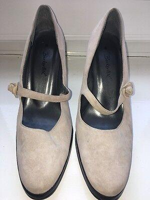 Berketex Precioso Beige Gamuza Tacón Alto Tribunal Zapatos UK 6 EU 39 nos 8