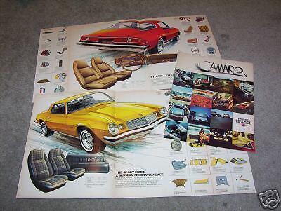 75 CHEVY 1975 CHEVROLET CAMARO /& LT ORIGINAL SHOWROOM BROCHURE SALES CATALOG