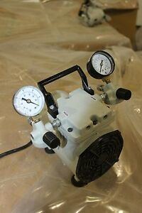 Welch-WOB-L-Pump-2522B-01-Laboratory-Vacuum-Pump-amp-Pressure-WORKING