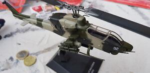 1x-Bell-AH-1-SEA-COBRA-USA-Helicoptere-OTAN-metal-Atlas-1-72-MODELE-yakair