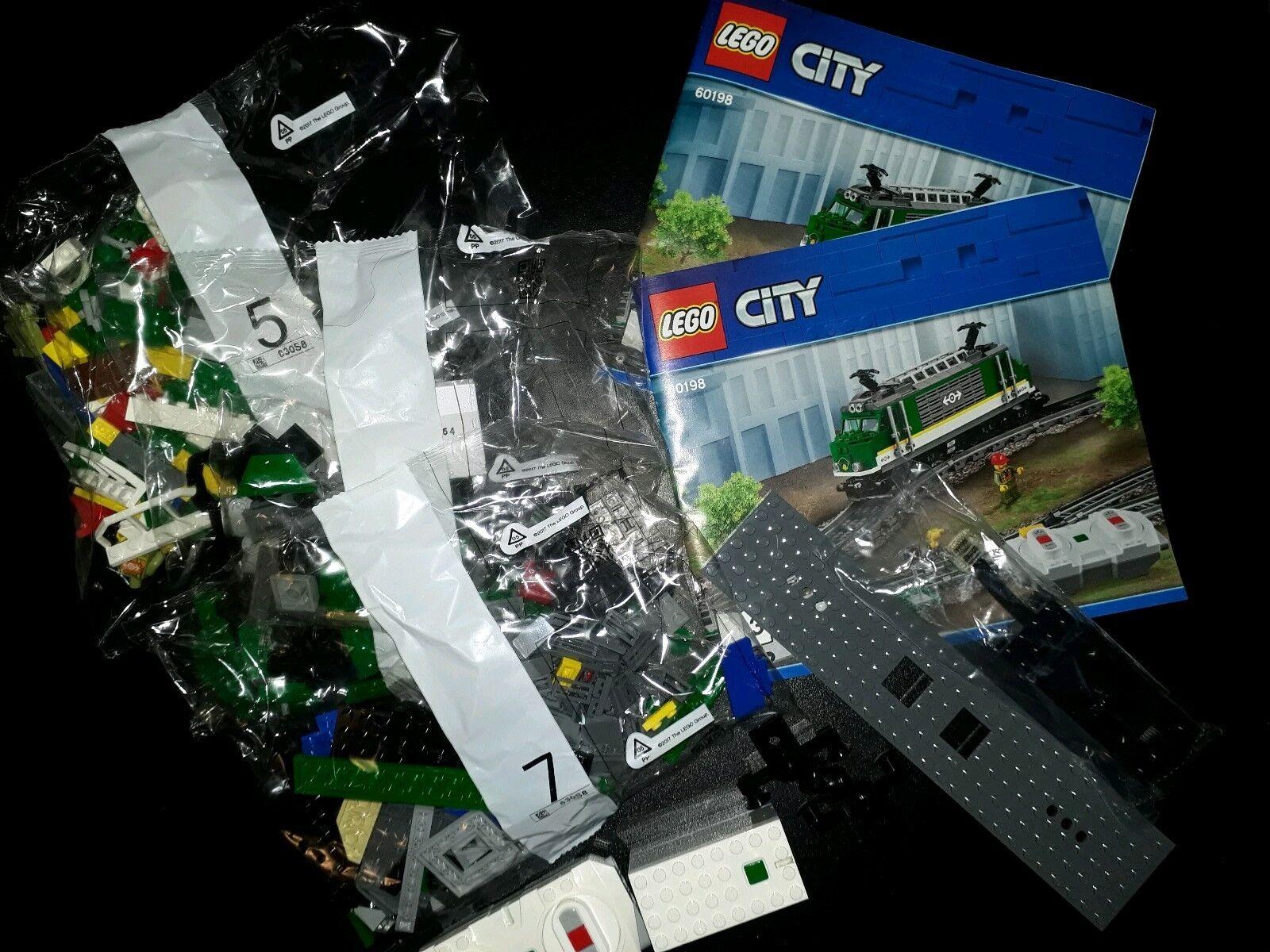 LEGO® aus 60198 Güterzug Eisenbahn Lokomotive inkl. PoweROT Up