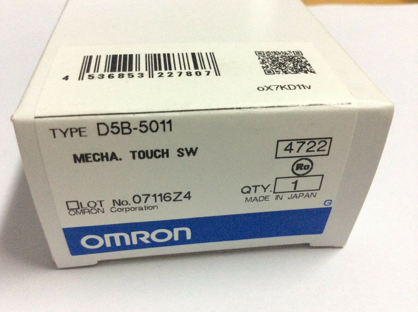 1 pc  OMRON OMRON contact switch D5B-5011
