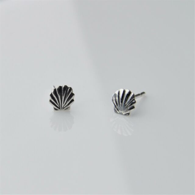 925 Sterling Silver Dainty Tiny Small 5mm Seashell Stud Earrings