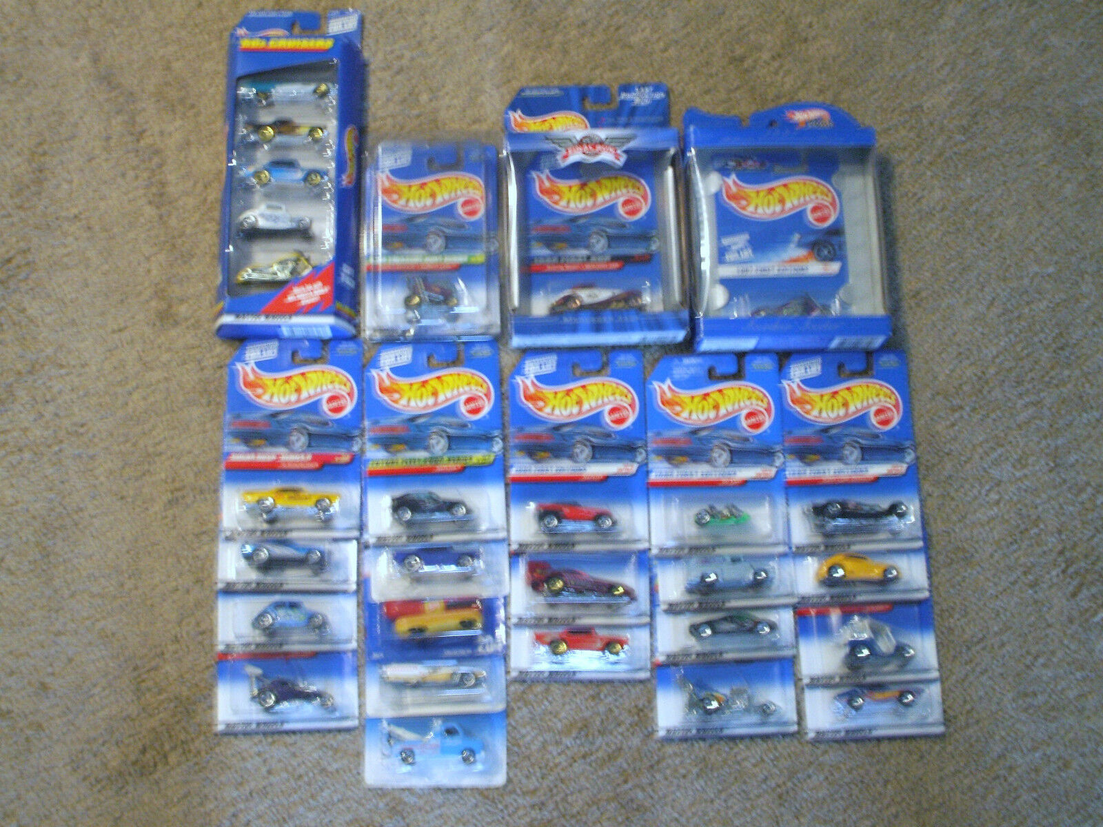 Hot Wheels Collection --- Over 230 cars ---Treasure Hunt, 30th Anniversary