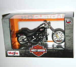 Maisto-Harley-Davidson-2002-FXSTB-NIGHT-TRAIN-Model-Scale-1-18