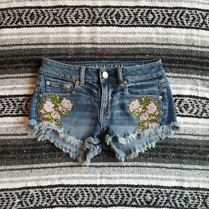 23d36dd54f American Eagle Sz 00 Low Rise Short Denim Shorts Floral Embroidered ...