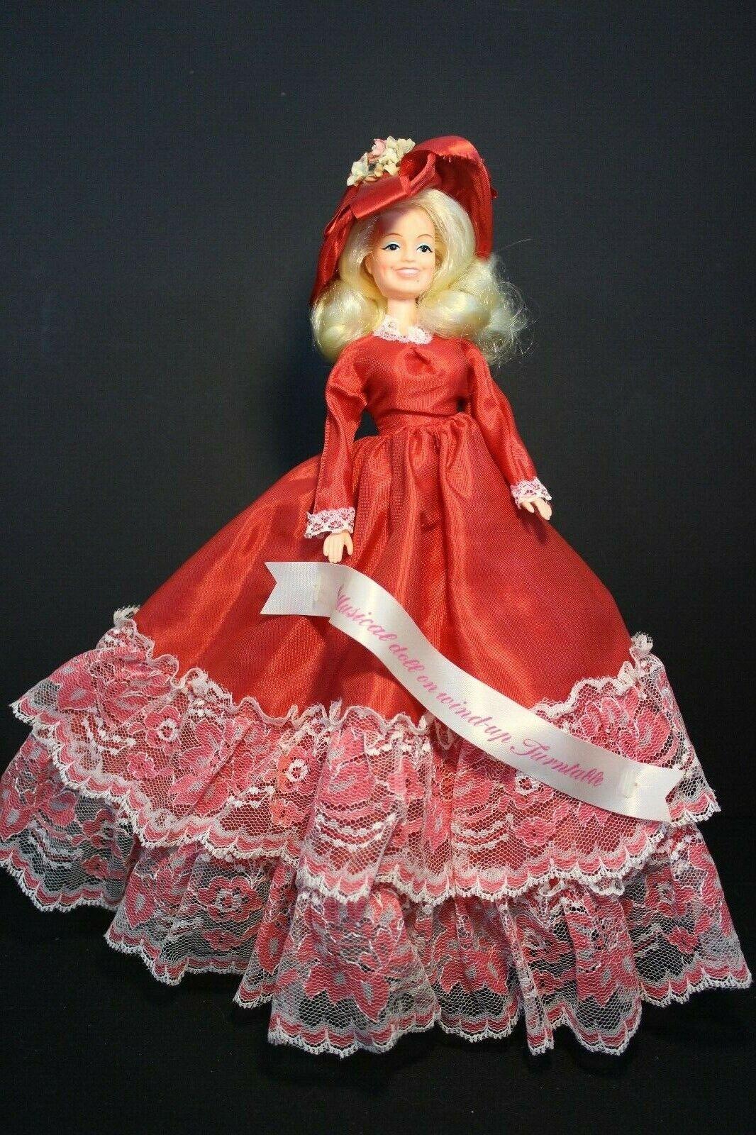 Eegee-Fiesta Dolly-Dolly Parton muñeca de moda en soporte musical & Banner Raro