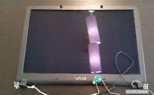 Sony-VAIO-VGN-FS-315m-pcg-7d1m-pezzo-di-ricambio-display-con-Kaben-e-LCD-Cover-Posteriore