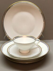 Details about Vintage Rosenthal China GALA BLUE 5 Piece Place Setting(s)  EXCELLENT Condition