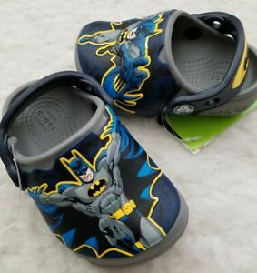 124423db7 NWT CROCS Fun Lab Batman Glow in the Dark Toddler Boys Clogs Smoke ...