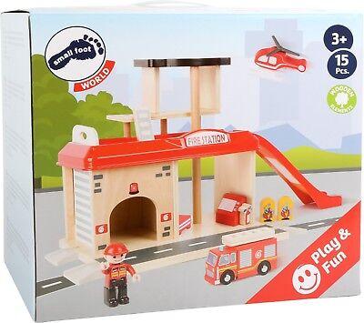 Feuerwache Mit Zubehör Holz Feuerwehr Ca. 52 X 22 X 28 Cm Small Foot World