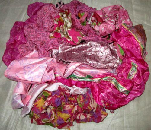 Lot Art Silk Antique Vintage Sari Remnant tissus 100 G Craft doll Quilt 3