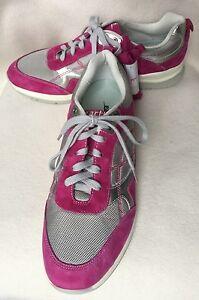 New-Earth-Traveler-Gray-amp-Fuschia-Pink-Suede-Sneakers-sz-6-5-B