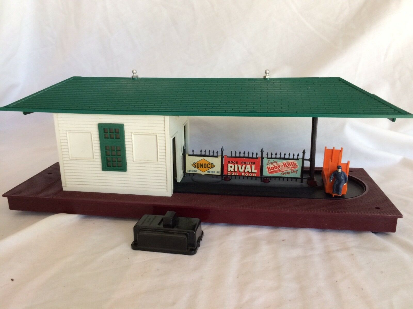 Lionel 1950 Freight Station Station Station  356 799806