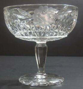 Vintage-COMPOTE-crystal-clear-etched-glass-with-cut-8-point-star-pedestal-bowl
