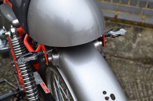 Clignotants arrières LED pour moto avec feux stop intégrés