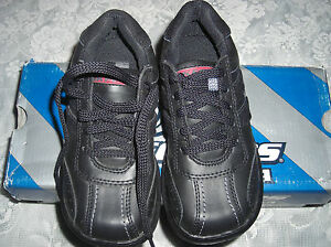 Skechers-Boys-Leather-Upper-Lace-Up-Heavy-Duty-Casual-Dress-Shoes-5-5-M