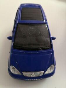 Maisto-mercedes-benz-a-class-azul-pullback-1-34-usado-de-coleccion