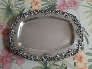 Vintage-EPNS-Silver-plated-Footed-Serving-Platter-Tray-Grapes-Design-Silverplate