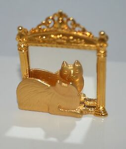 JJ-Cat-Feline-in-the-Mirror-Gold-Tone-Metal-Brooch-Pin-Lapel-Scarf-Pin