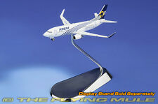 1:400 737-300 Magnicharters