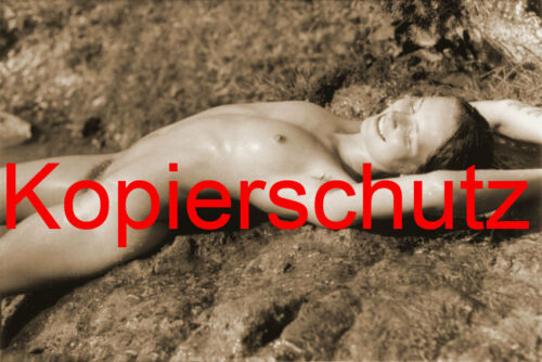 DIN A 6 AK32 Frau Nackt Akt in Sepia Foto POSTKARTE 10,5 x 14,8 cm