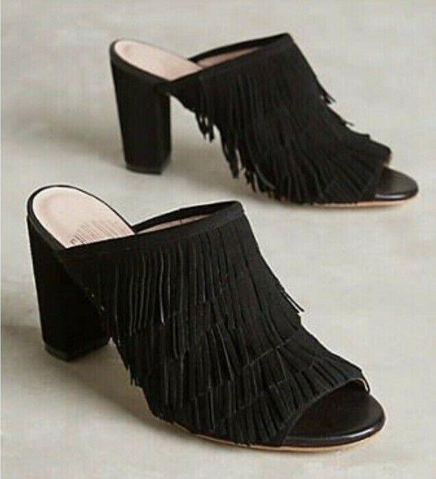 La nueva antropóloga Charlotte stonemore, la sandalias de gamuza negra, SZ 7.