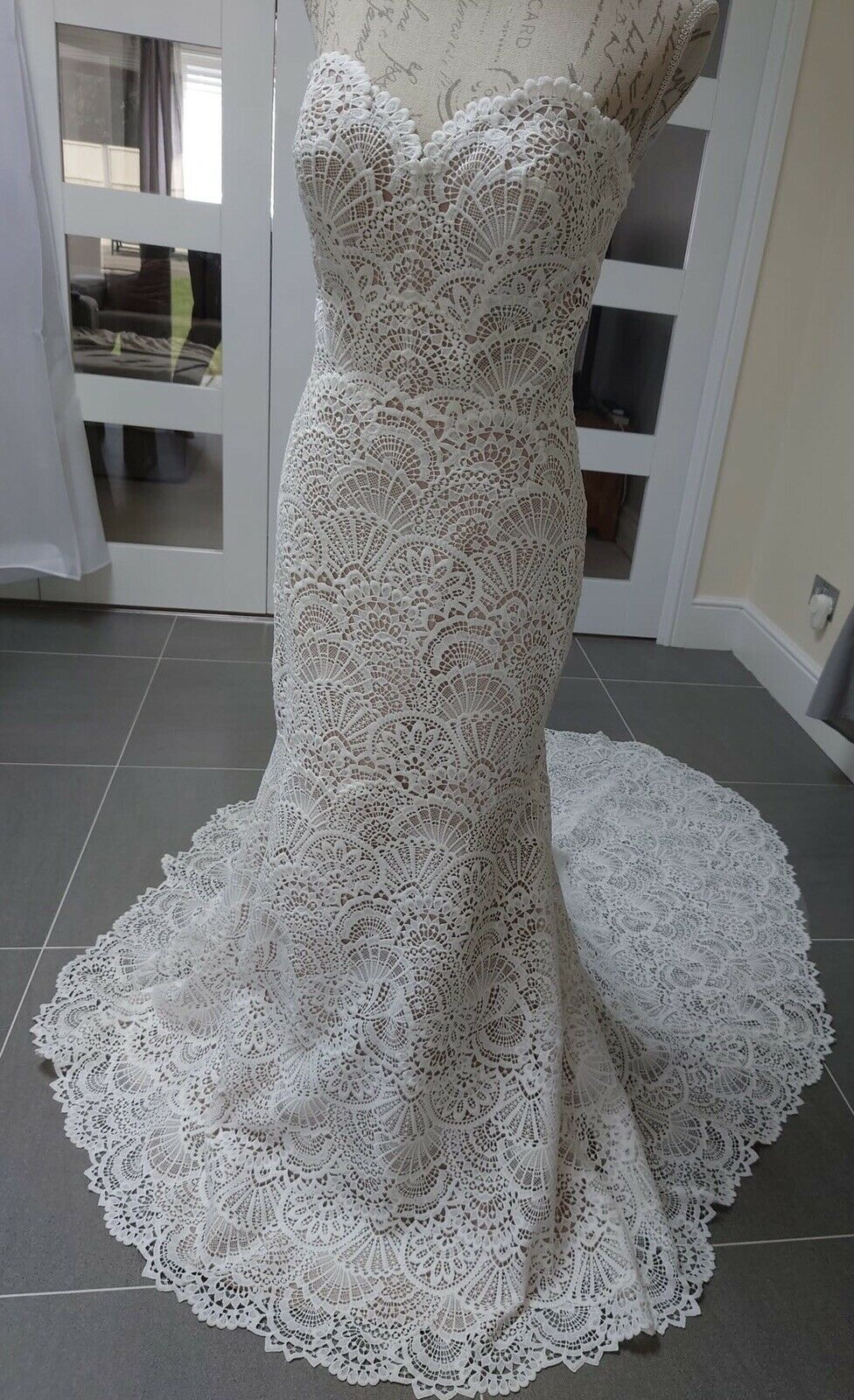 Brand New Sample 'Lineisy' Wtoo By Watters Lace Bridal Gown Size 14 UK