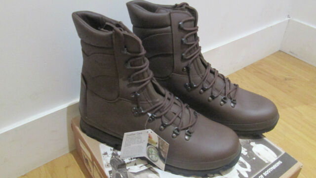 Altberg Defender Brown Combat Boots Size 15 M Army Military New In Box Walking