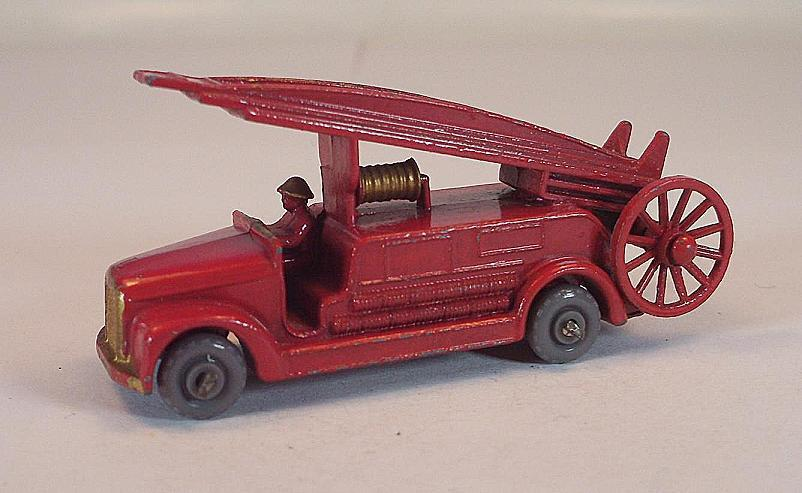 MATCHBOX REGULAR WHEELS Nº 9 B Dennis Fire Escape rouge GPW LESNEY  221