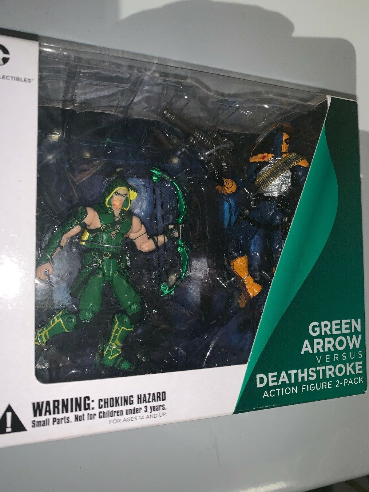 Diamond Comic DC Collectibles Injustice Deathstroke verde Arrow Action Figures