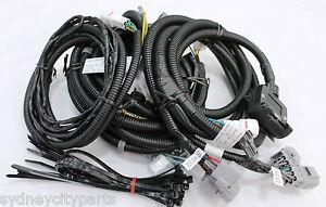 toyota hilux towbar wiring harness 7 flat wmate sr sr5 black feb 05 rh ebay com tow bar wiring harness ford territory ve tow bar wiring harness