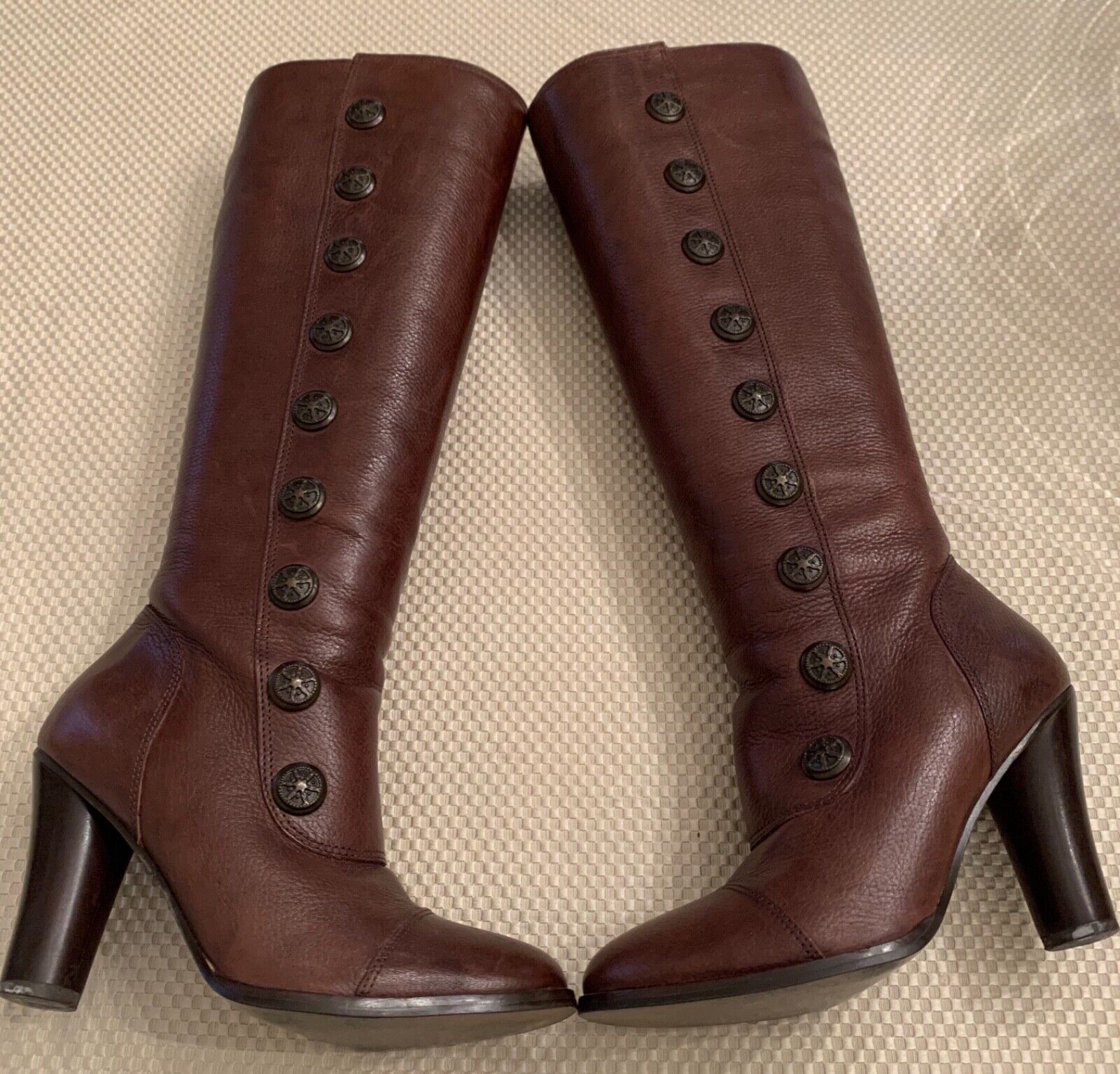 Matisse Brown Leather Button Women's Boots Size 6 M Knee-High Side Zip Round Toe