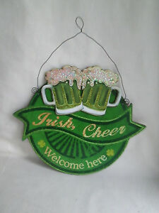 Wooden Happy St. Patrick's Day Wall Decor Irish Cheer Welcome Here, New