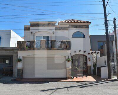 Casa en Venta en Valle Dorado Ensenada