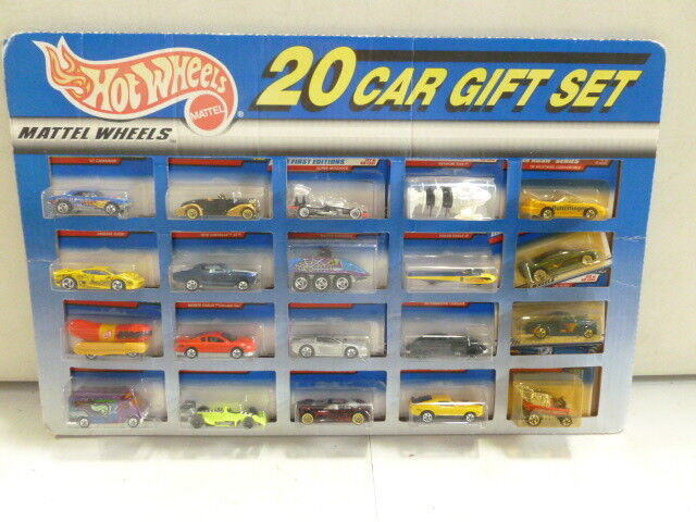 Hot Wheels 20 Car Gift Set with Chevelle, Ferrari, Mustang Mach 1