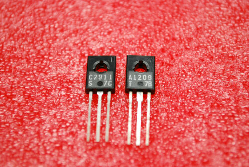 2SA1209 2SC2911  1 PAIR Sanyo   Transistor   USA SHIPPING A335