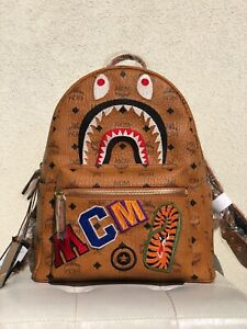 MCM X BAPE BACKPACK SHARK STARK ZAINO LIMITED VISETOS MEDIUM
