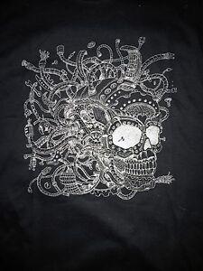 Metallic-Silver-Skull-Imagimorphia-by-Kerby-Rosanes-T-Shirt