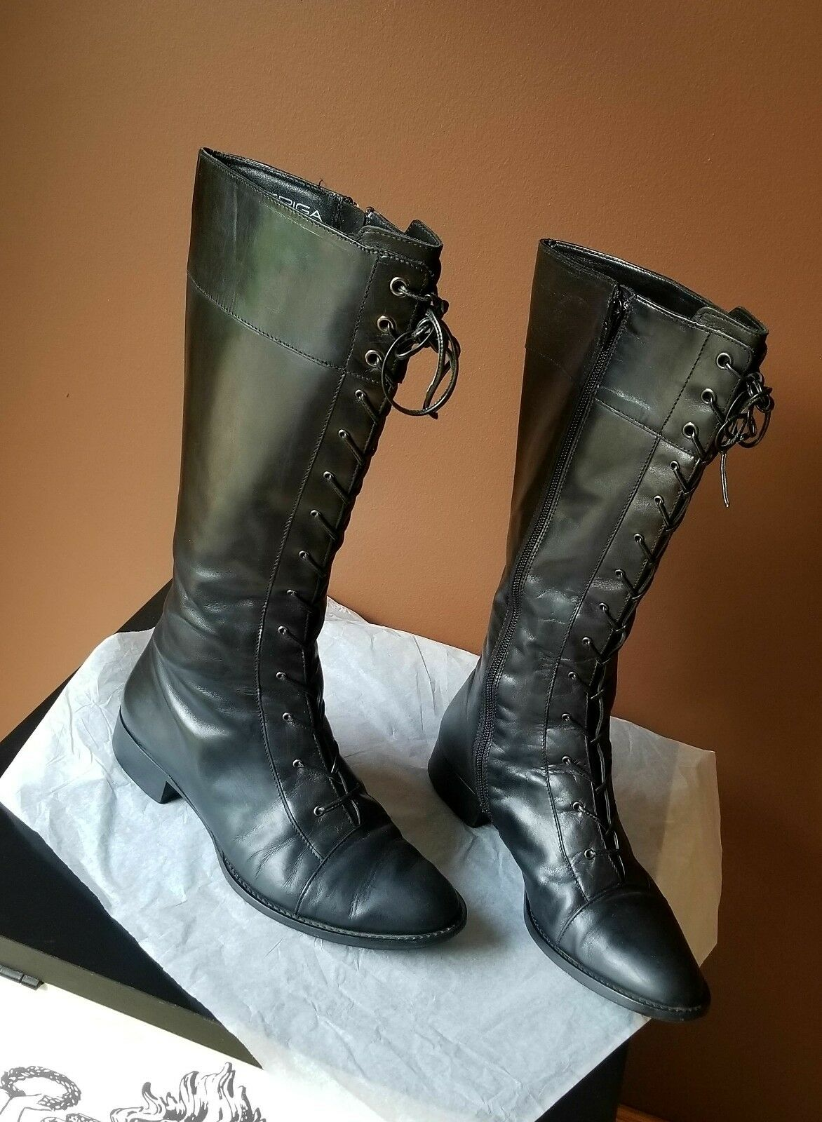 Via Spiga  laced laced laced up black knee high boots with zip on the sides, size 7.5M 6711e9