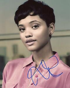 Kiersey-Clemons-AUTOGRAPH-Signed-8x10-Photo-B