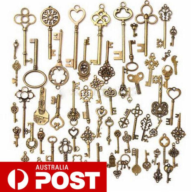 Set of 18 Retro Antique Old Look Bronze Skeleton Key Heart Bow Lock Pendant